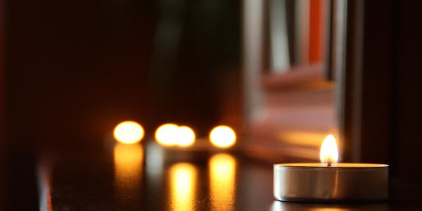 Sfeer Met Kaarsen.Brand Jij Ook Kaarsen Voor De Sfeer In Huis Winkelenslaan